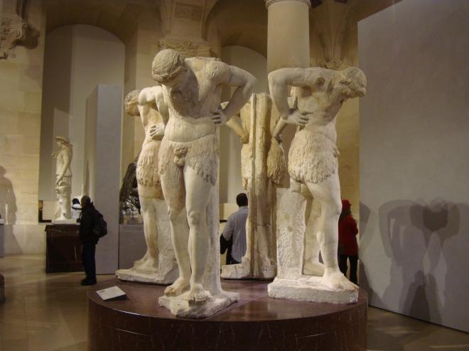Satyres_en_Atlante_Rome_Louvre_2.jpg